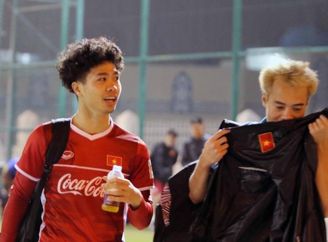 Đội tuyển Việt Nam tăng khối lượng tập luyện tại Qatar - Ảnh 1.