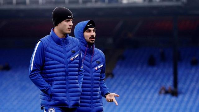 Morata ra sân cùng các đồng đội, tiền đạo người Tây Ban Nha đã bình phục chấn thương