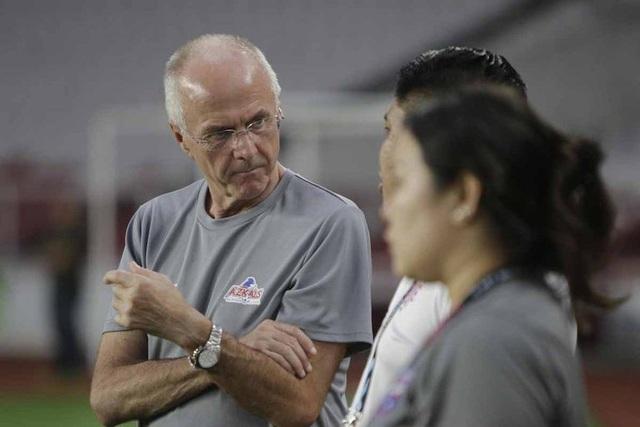 Ngôi sao Philippines tin vào phép màu của HLV Sven-Goran Eriksson - Ảnh 1.