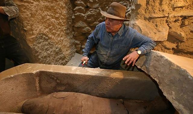 Nhà khảo cổ Ai Cập liên tục bị ác mộng sau khi khai quật xác ướp - Ảnh 1.