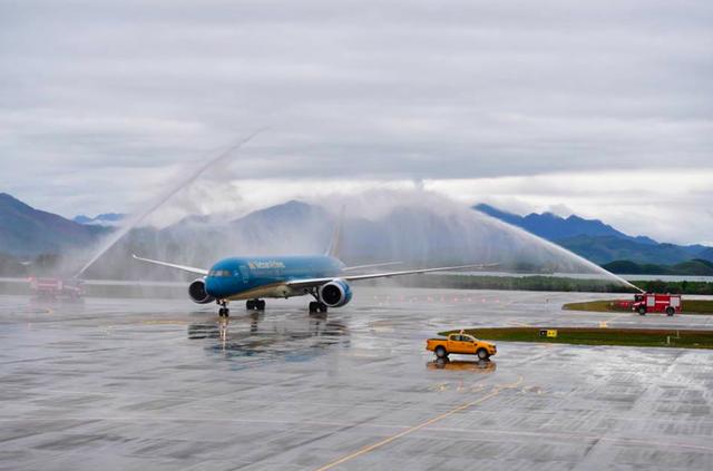 Thủ tướng phát lệnh khai trương sân bay quốc tế tư nhân đầu tiên Việt Nam - Ảnh 6.