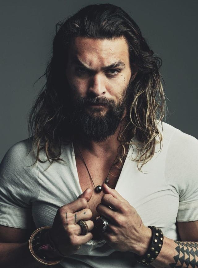 """Người đẹp trai nhất thế giới chính là nam thần """"Aquaman"""" - Jason Momoa."""