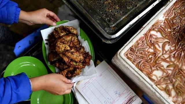 Món đặc sản miền quê bắc bộ được người Hà thành yêu thích dịp đông về. Ảnh AFP