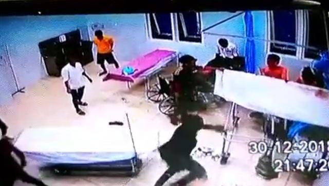  Nhóm đối tượng hành hung 3 người bị thương trong BV