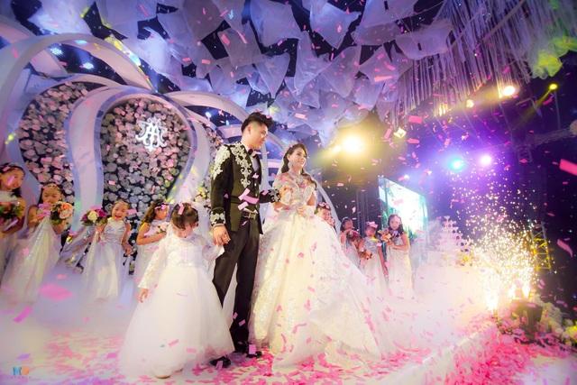 Hình ảnh hạnh phúc của cặp đôi trong lễ cưới được tổ chức mới đây tại Thái Nguyên