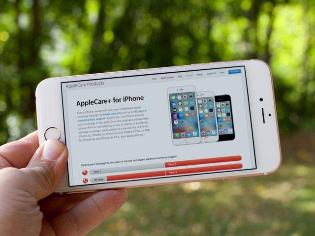 Nhiều người đã lợi dụng dịch vụ bảo hành đổi trả của Apple hoặc các đơn vị bảo hành để chuộc lợi.