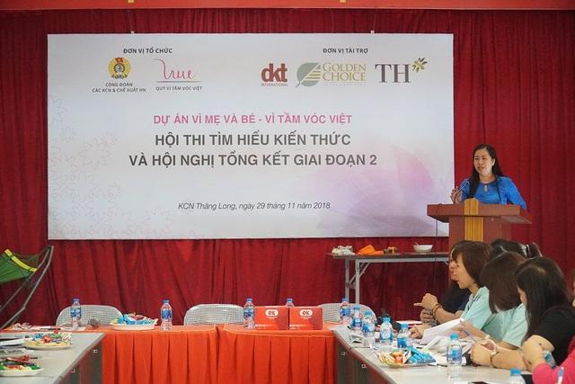 Bà Bùi Thanh Giang - Ủy viên ban thường vụ, Trưởng Ban Nữ công, Liên đoàn Lao động TP. Hà Nội phát biểu tại phần khai mạc của Hội nghị.