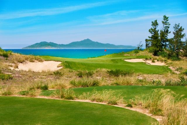 """BRG Đà Nẵng Golf Resort – """"đứa con tinh thần"""" đầu tiên của """"cá mập trắng"""" tại Việt Nam - 1"""