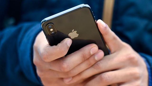Chuyện lạ có thật: Vờ mất cắp để 'lên đời' iPhone miễn phí suốt 5 năm - 1