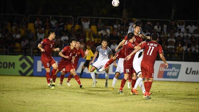 Cầu thủ Philippines phải bay 20 tiếng để sang Việt Nam đá trận bán kết lượt về AFF Cup 2018