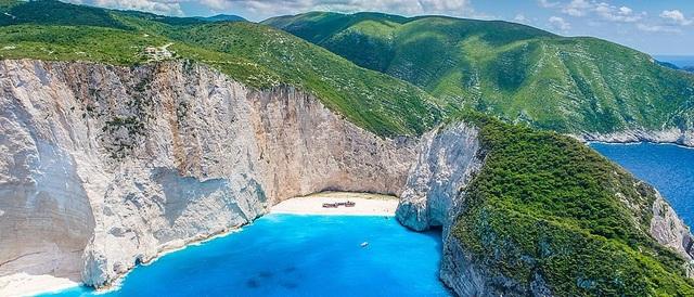 10 bãi biển đẹp nhất thế giới năm 2018 - 1