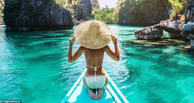 10 bãi biển đẹp nhất thế giới năm 2018 - 3