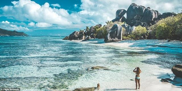 10 bãi biển đẹp nhất thế giới năm 2018 - 8