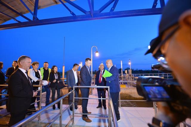 Ngài Thị trưởng thứ nhất Leipzig (Đức) Torsten Bonew bày tỏ phấn khởi về tốc độ phát triển của dự án