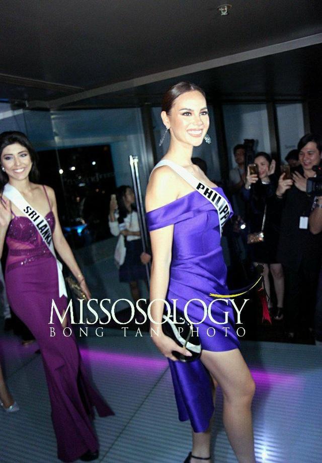 H'Hen Niê đọ sắc cùng các thí sinh Hoa hậu Hoàn vũ 2018 - 31