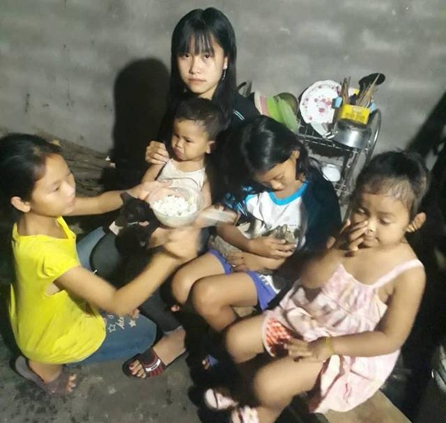 Chị Lộc và anh Hồ cưới nhau từ 2007, đến nay đã có 4 mặt con. Hiện anh chị phải nuôi 6 người con, trong đó có 2 người con của chồng trước