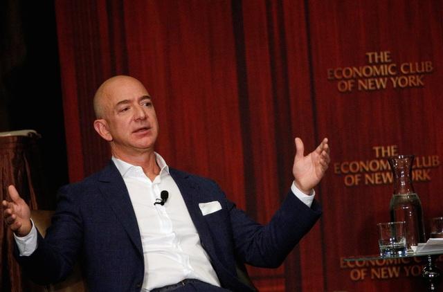 Cổ phiếu của Amazon đánh mất 51 tỷ USD giá trị chỉ trong 1 phiên giao dịch.
