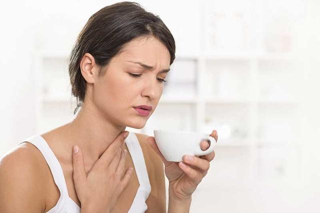 Dấu hiệu cảm lạnh biến thành viêm phế quản - 1