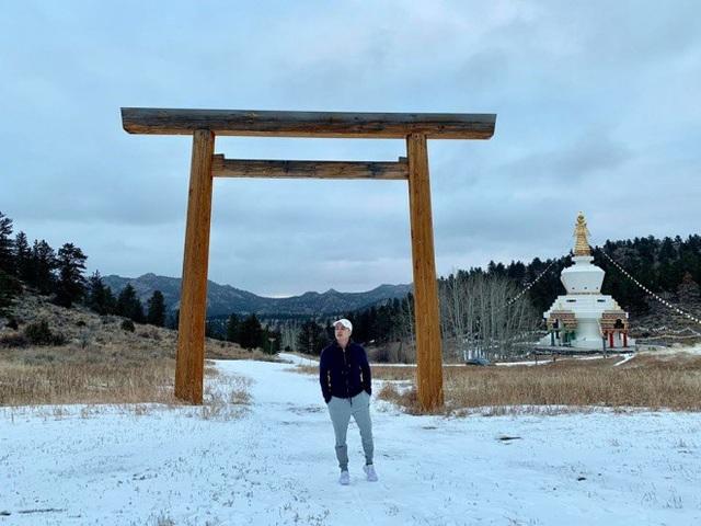 Một nơi rất tuyệt vời để dành cho những ai cần tâm an tĩnh lặng, thiền định và tu tập. Chùa Tây Tạng, Cao Thái Sơn chia sẻ.