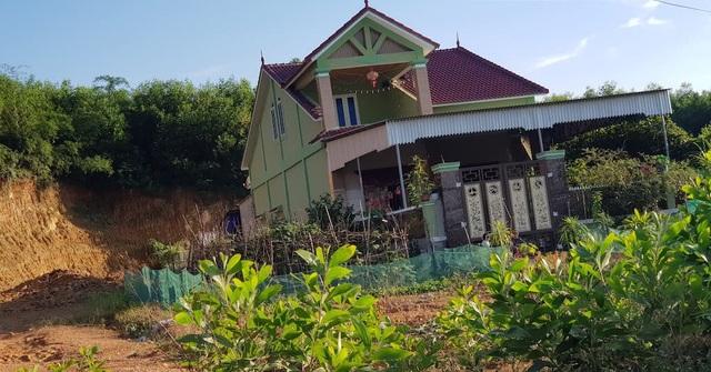 Nghệ An: Xẻ đất lâm nghiệp cạnh đường mòn, xây dựng nhà ở trái phép - 5
