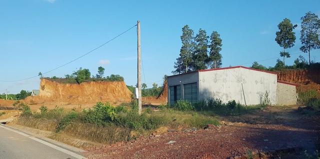 Nghệ An: Xẻ đất lâm nghiệp cạnh đường mòn, xây dựng nhà ở trái phép - 6