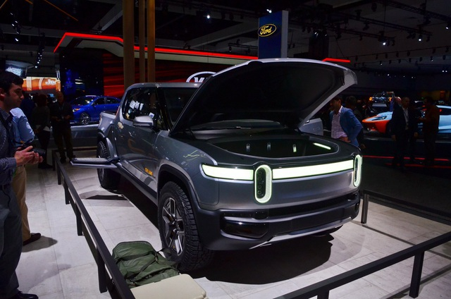 Rivian R1T - Ý tưởng xe bán tải chạy điện tính năng vận hành cao - 3