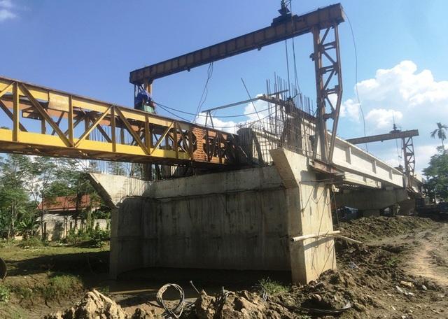 Công trình có vốn đầu tư hơn 130 tỷ đồng đã quá thời hạn quy định nhưng vẫn chưa hoàn thành.