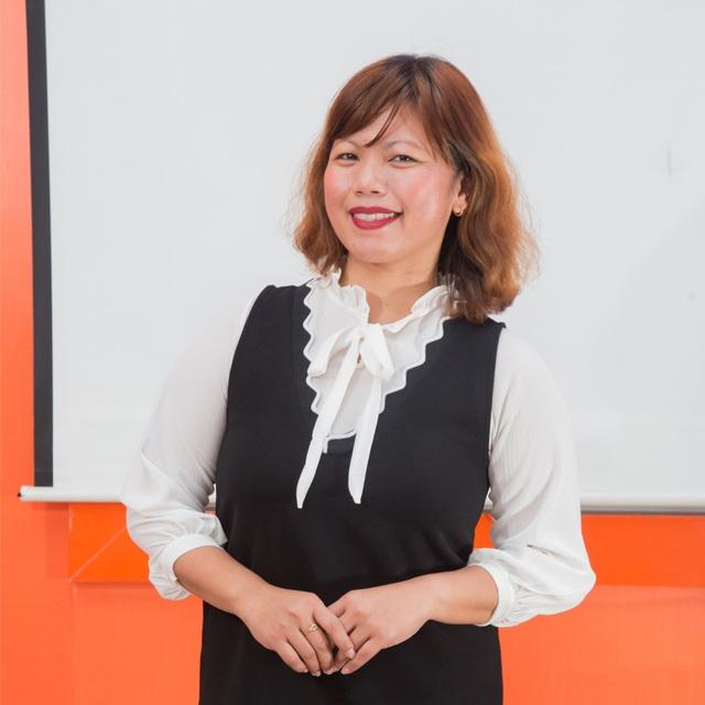 Cô Fritzie Caspe