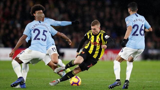 Nỗ lực ghi bàn của Watford không thành công khi mà hàng thủ của Man City hoạt động rất hiệu quả