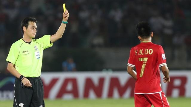 Trọng tài Kimura Hiroyuki từng cầm còi trong trận đấu giữa Việt Nam và Myanmar ở AFF Cup 2016