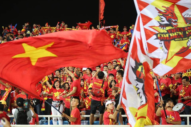 Việt Nam 2-1 Philippines: Chiến thắng ngọt ngào - 29
