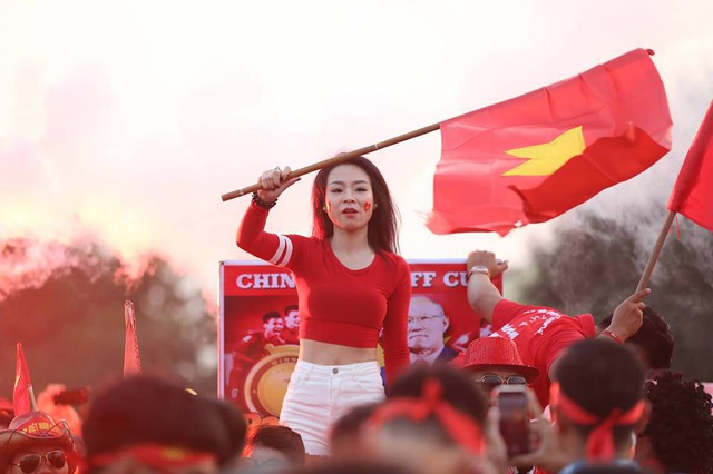 Việt Nam 2-1 Philippines: Chiến thắng ngọt ngào - 35