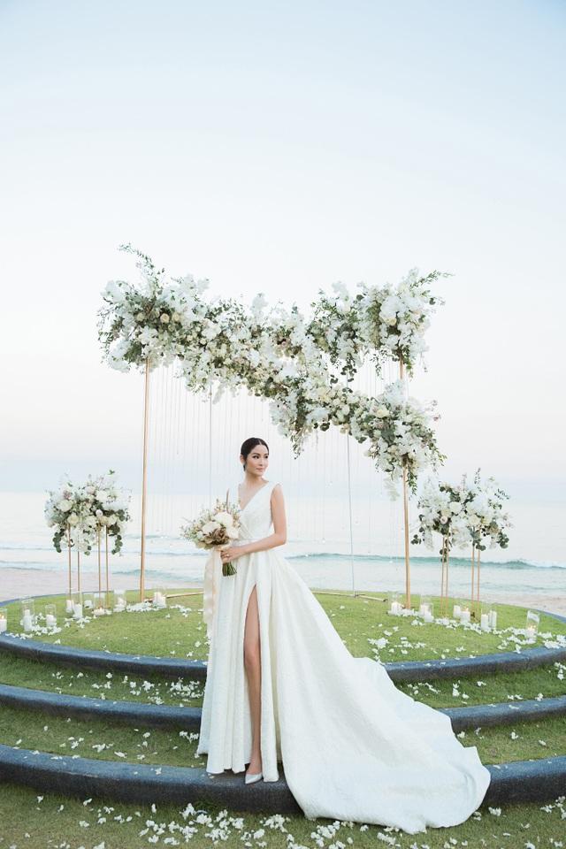 Quang cảnh lãng mạn trong đám cưới Farung Yuthithum