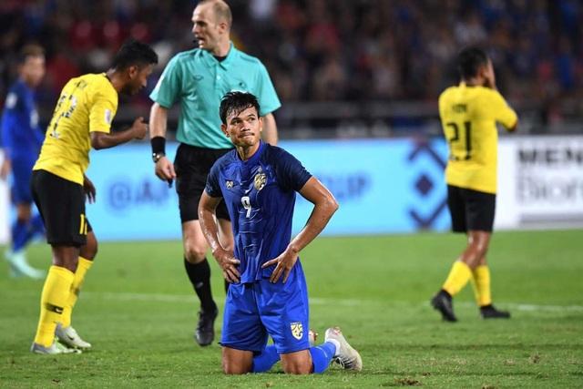 Từ người hùng, Adisak bỗng hóa tội đồ của đội tuyển Thái Lan