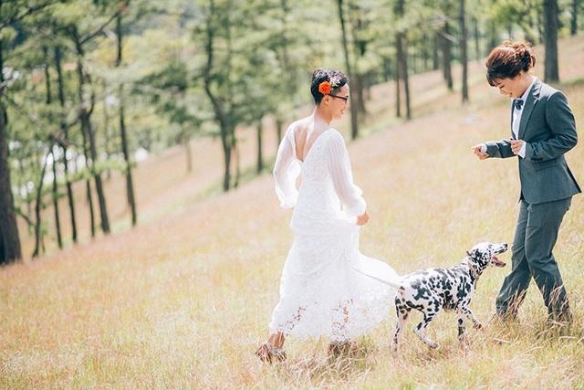 """Cặp đôi có tính cách """"trái dấu"""" này sẽ về chung một nhà vào tháng 2 năm tới để thực hiện lời hứa nắm tay nhau đi hết hành trình yêu."""
