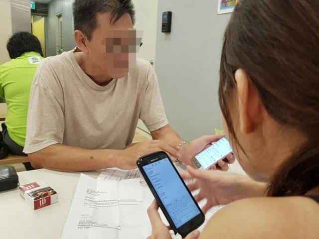Chen đã cho bồ cũ rất nhiều tiền để đi học.