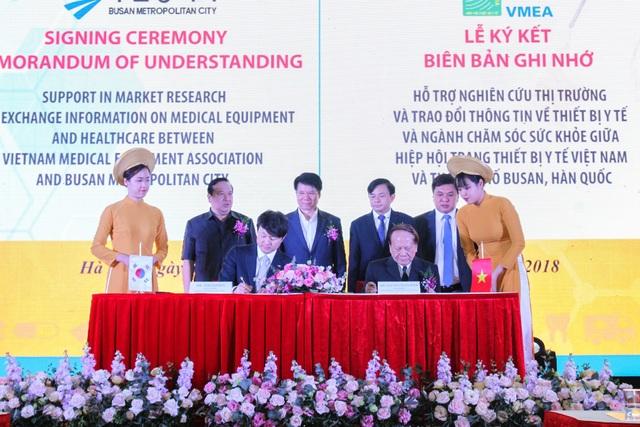Khai mạc Triển lãm Vietnam Medipharm Expo lần thứ 25 - 2