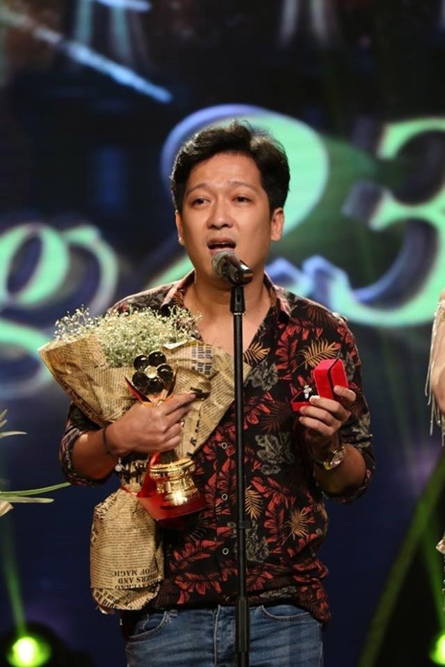 Ban tổ chức giải Mai Vàng năm nay thẳng tay loại Trường Giang vì màn chiếm sóng cầu hôn tại lễ trao giải năm 2017 tại Nhà hát thành Phố.