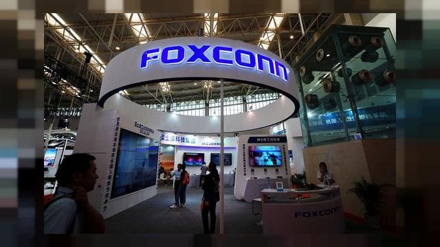 Tập đoàn Foxconn và Ủy ban Nhân dân TP Hà Nội đang hợp tác để mở một cơ sở sản xuất iPhone tại Việt Nam.
