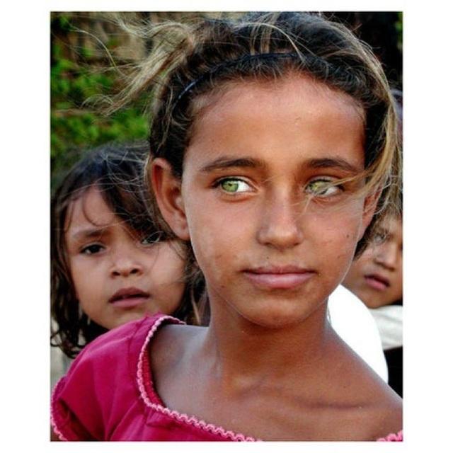 Những đôi mắt nhìn một lần và mãi mãi không thể nào quên - 13