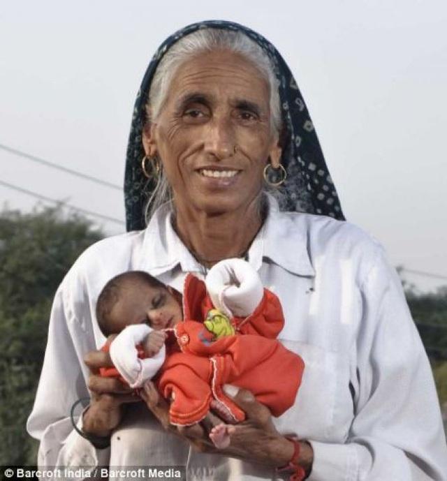 """12 phụ nữ lớn tuổi nhất thế giới vẫn """"liều mạng"""" sinh con - 2"""