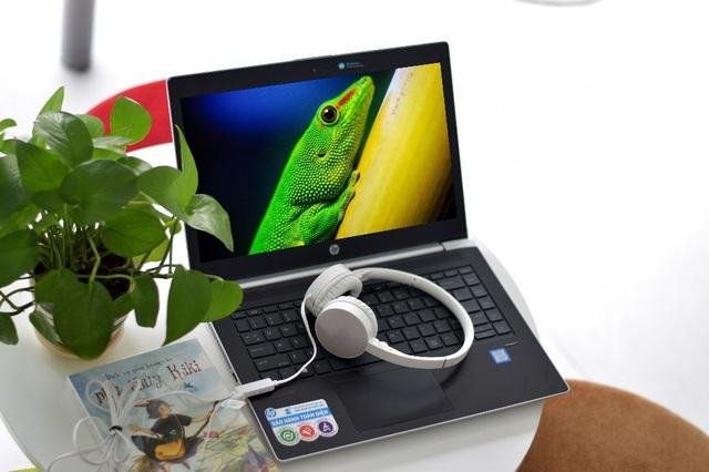Cảm biến vân tay tích hợp trên HP ProBook 440 G5 có độ nhạy cao và tương thích tốt với Windows Hello.