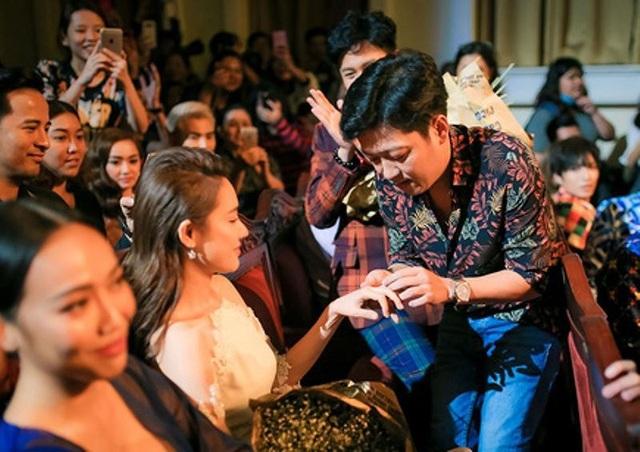 Màn cầu hôn Nhã Phương của Trường Giang ngay trên sóng truyền hình trực tiếp nhận nhiều ý kiến trái chiều.