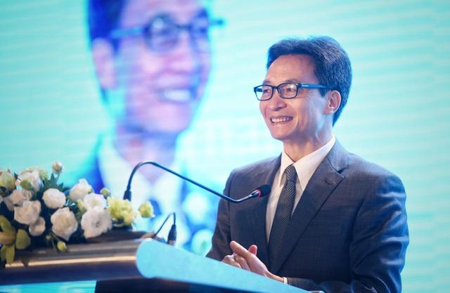 Phó Thủ tướng Vũ Đức Đam cho rằng Việt Nam cần thiết ứng dụng công nghệ thông tin trong việc phát triển ngành du lịch.