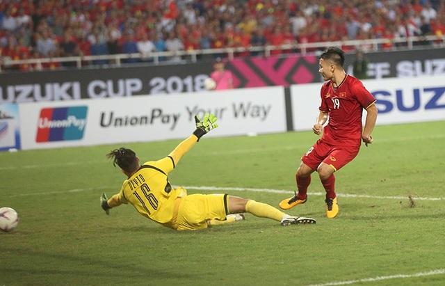 """Bị cầu thủ Philippines """"chém đinh chặt sắt"""", Quang Hải nói gì? - 11"""