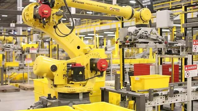 Nhiều doanh nghiệp đã sử dụng robot để đạt năng suất cao trong công việc, song tính an toàn của nó vẫn là một điều đáng lo ngại.
