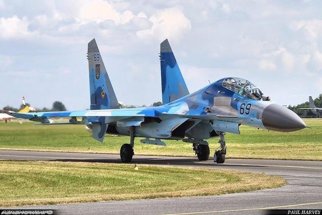 Những máy bay Su-27UBM1 hay MiG-29MU1 của Không quân Ukraine theo đánh giá có năng lực tác chiến chẳng thua kém gì MiG-29SMT hay Su-27SM của Không quân Nga.