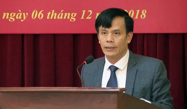 Ông Trần Ngọc Tú - Ủy viên BTV Thành ủy, Trưởng Công an TP Vinh giữ chức Phó Bí thư Thành ủy Vinh nhiệm kỳ 2015 - 2020; Chủ tịch UBND TP Vinh nhiệm kỳ 2016 - 2021.