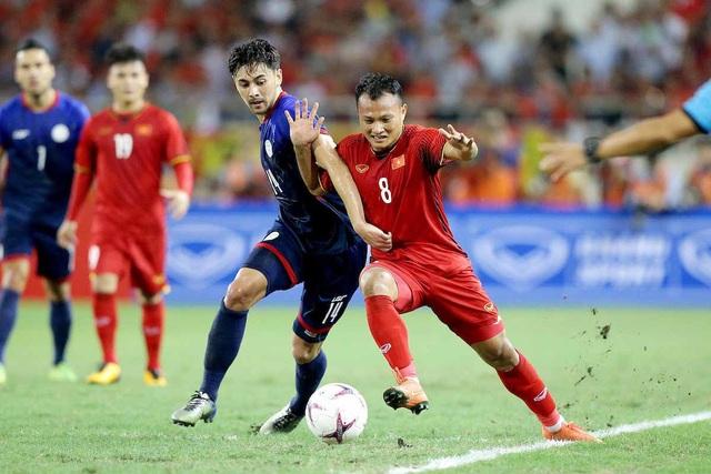 Vượt qua Philippines với tổng tỷ số 4-2, đội tuyển Việt Nam được thưởng nóng hơn 1 tỷ đồng