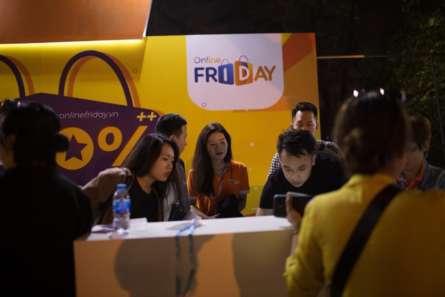 Online Friday năm nay thu hút được hàng triệu lượt tương tác từ người mua hàng